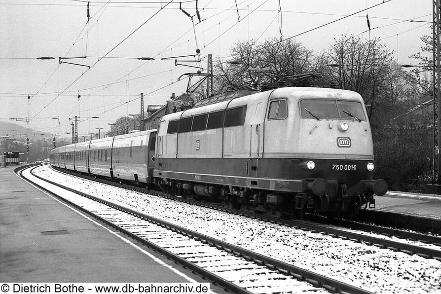 http://db-bahnarchiv.de/webseite/images2/1994-0009_0861-00.jpg