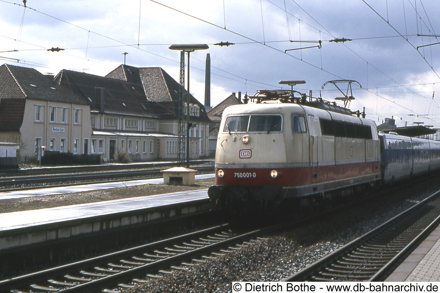 http://db-bahnarchiv.de/webseite/images2/1994-0047_102454.jpg