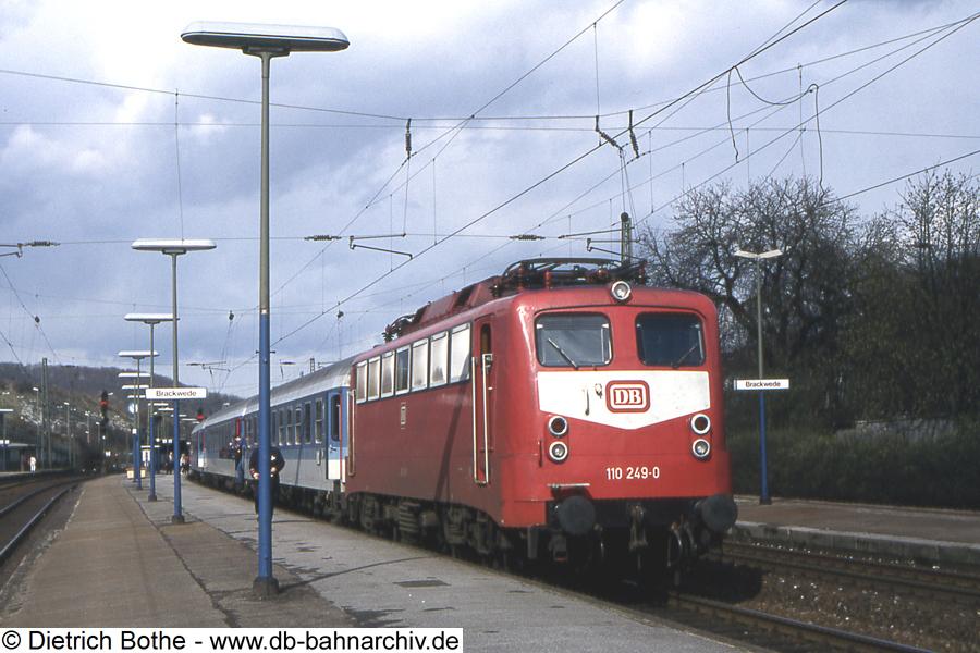 http://db-bahnarchiv.de/webseite/images2/1994-0053_102457.jpg