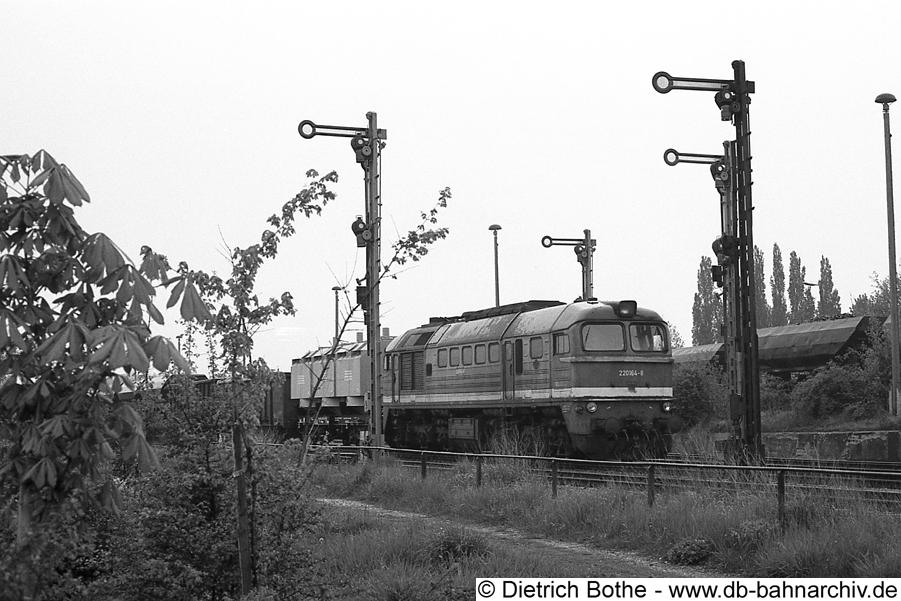 http://db-bahnarchiv.de/webseite/images2/1994-0141_0863-22.jpg