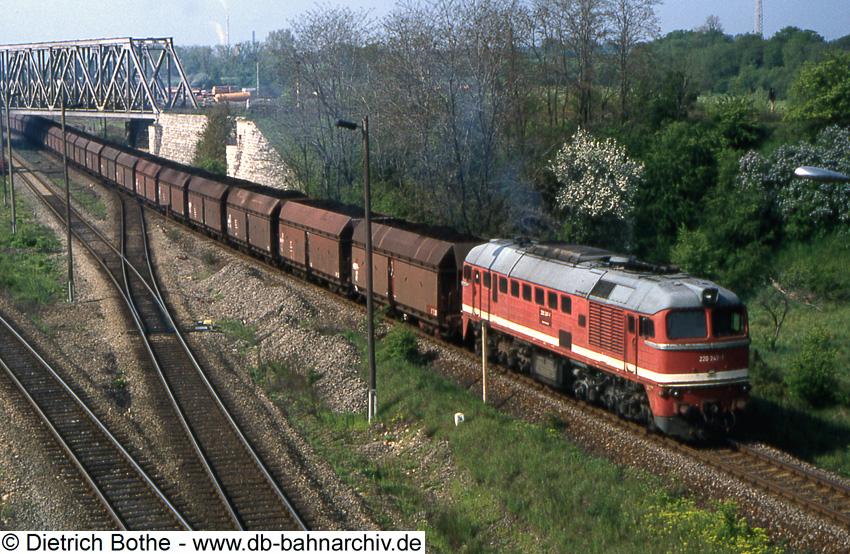 http://db-bahnarchiv.de/webseite/images2/1994-0252_102499.jpg