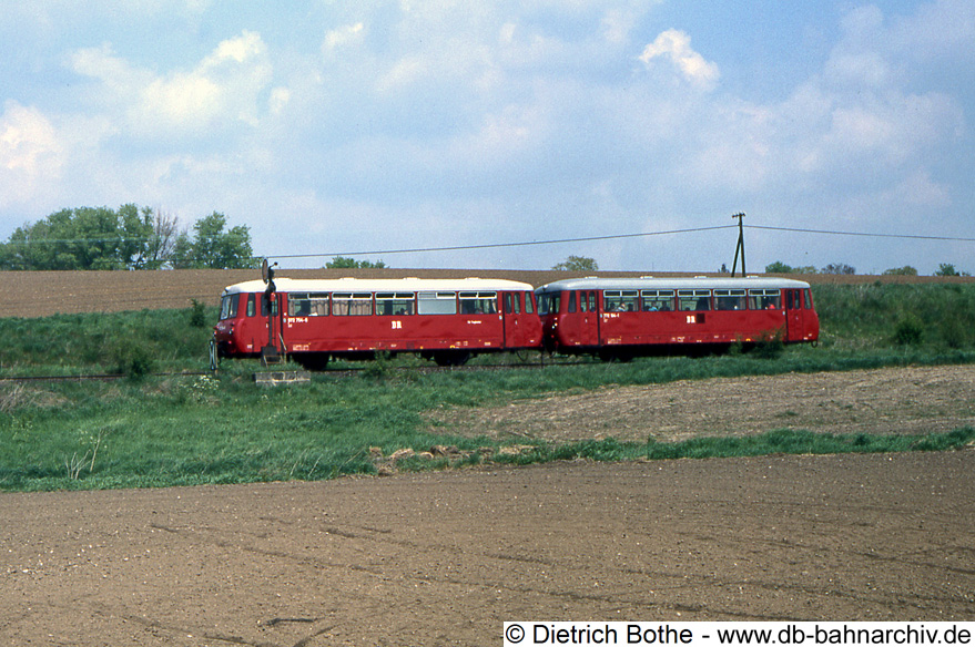 http://db-bahnarchiv.de/webseite/images2/1994-0283_102515.jpg