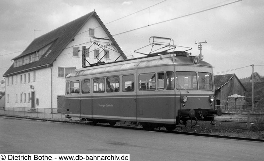 http://db-bahnarchiv.de/webseite/images2/et5_tross.jpg